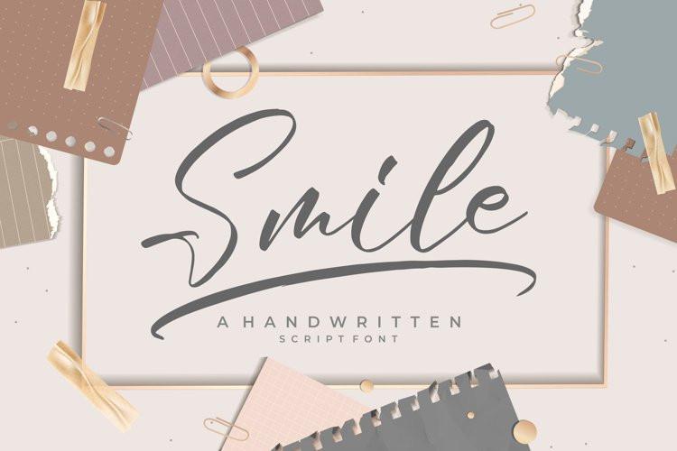 Smile Handwritten Font