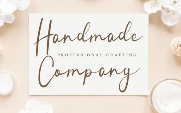 Handmade Wonderland Script Font