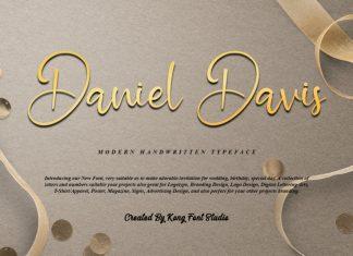 Daniel Davis Script Font