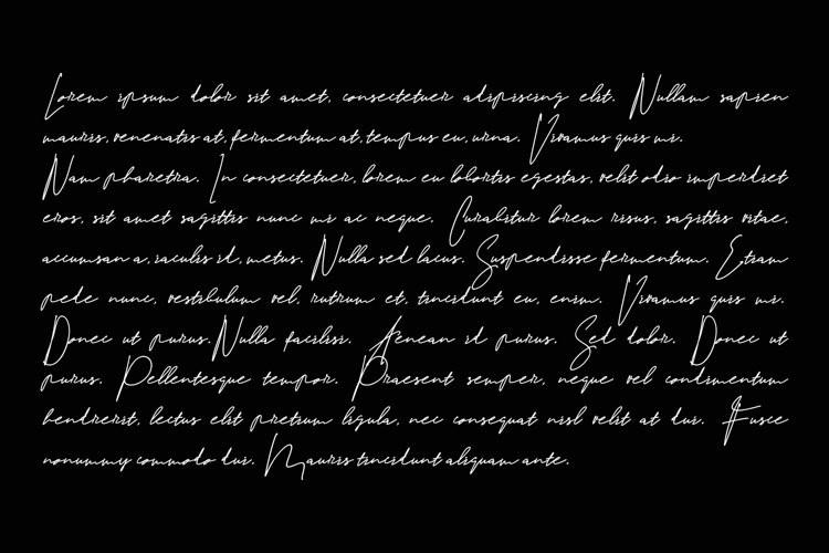 Strakle Script Font